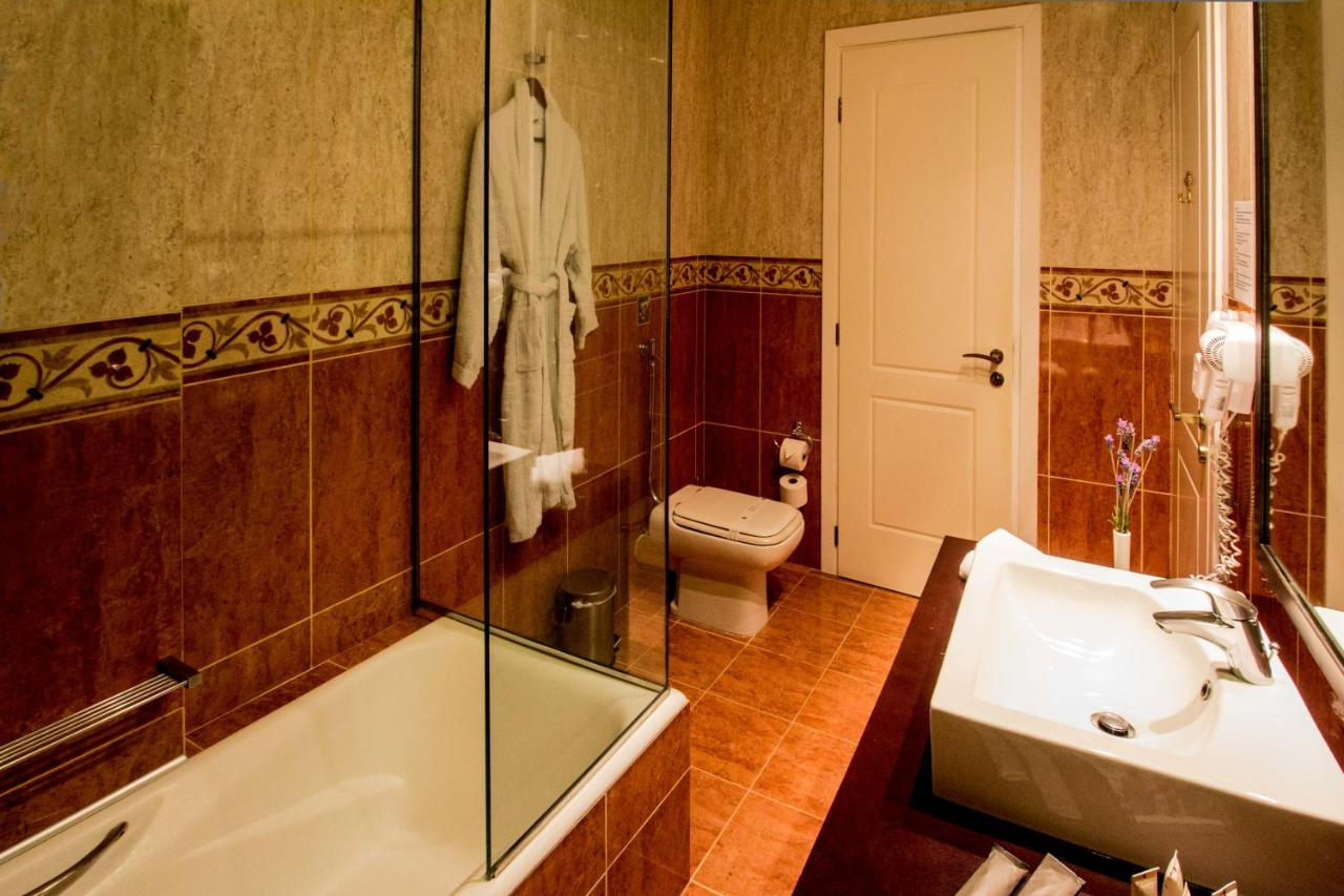 Mabely Grand hotel - Laterooms