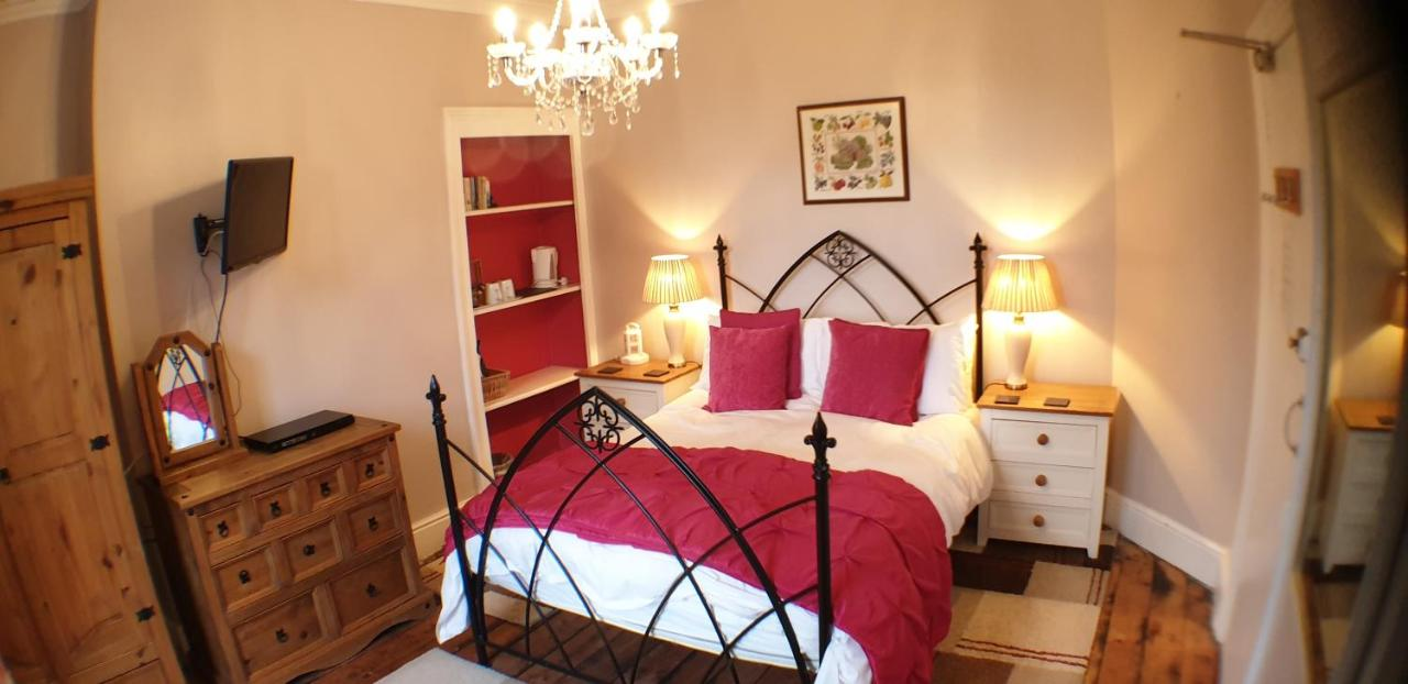The Fairhaven Bed & Breakfast - Laterooms