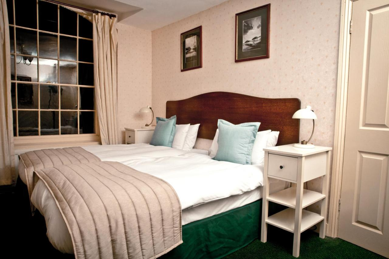 Artist Residence Boutique Guest House - Laterooms