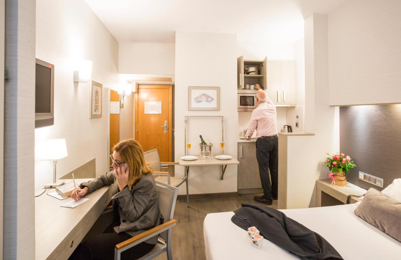 APARTHOTEL SILVER - Laterooms