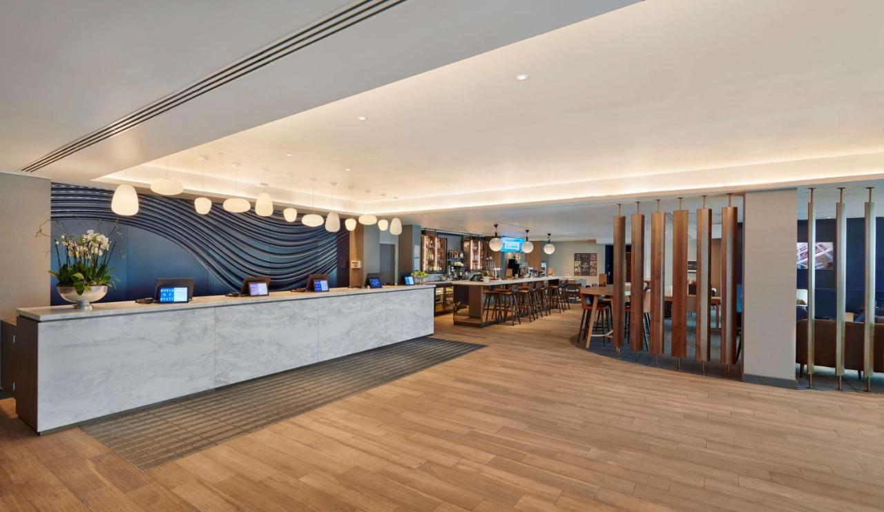 Hyatt Place London Heathrow Airport - Laterooms