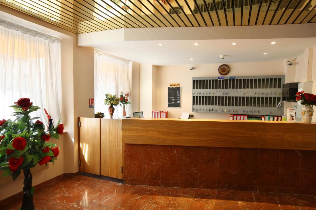 Nouvel Hôtel - Laterooms