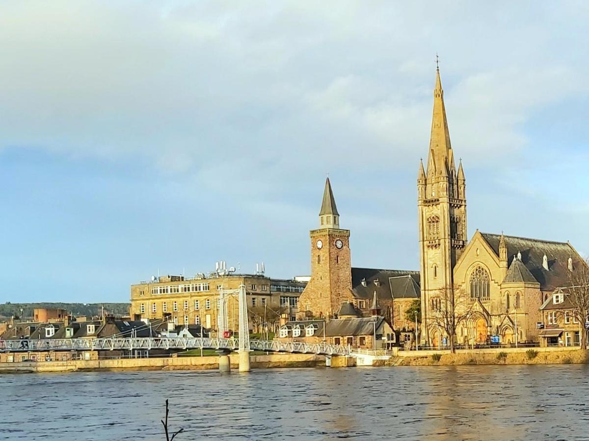 pentahotel Inverness - Laterooms