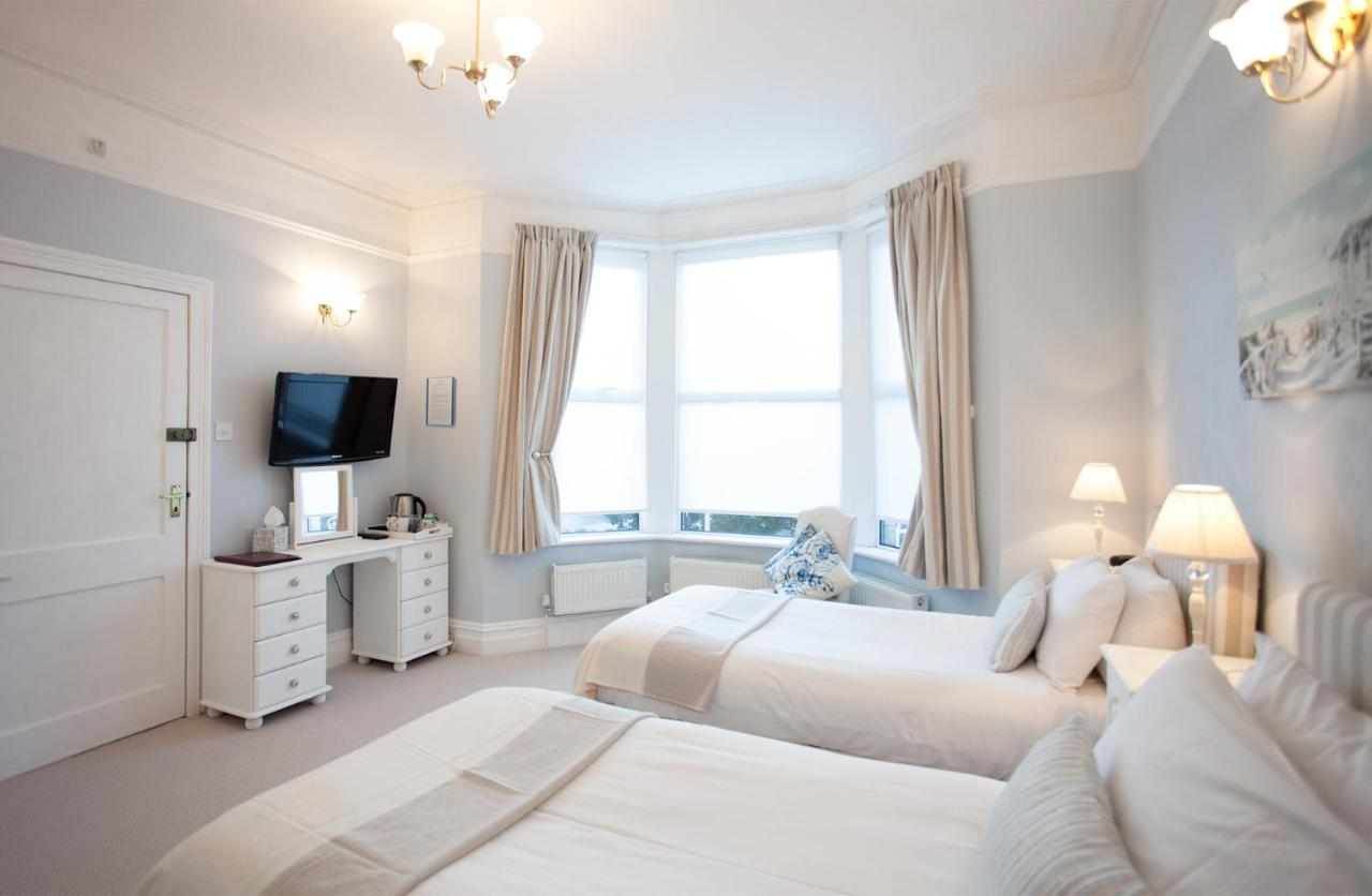 The Castleton Hotel - Laterooms