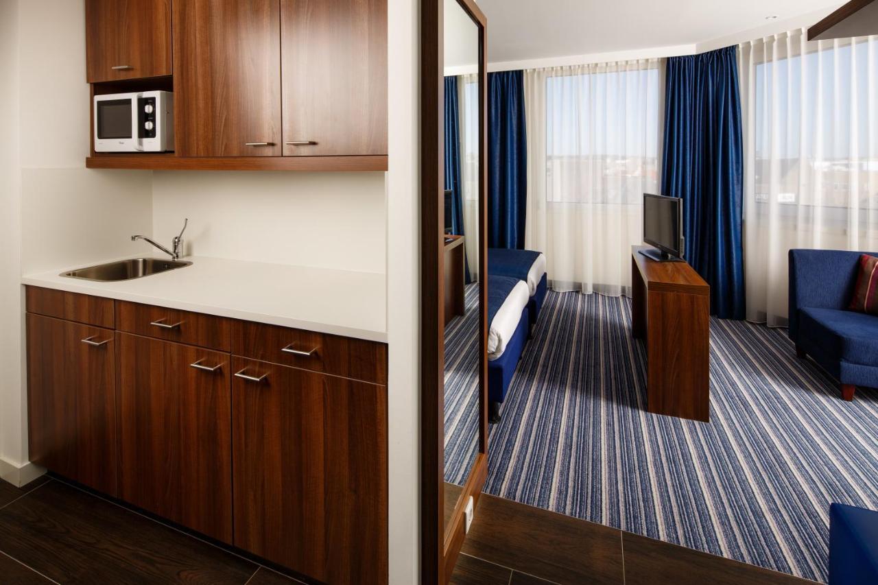 Holiday Inn Express ARNHEM - Laterooms