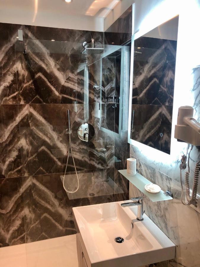 Hotel Ariel Silva - Laterooms