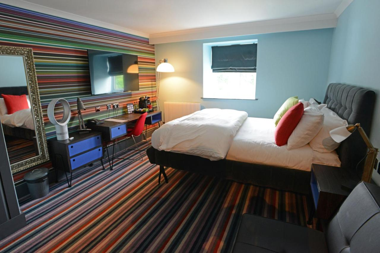 Village Hotel Manchester Cheadle - Laterooms