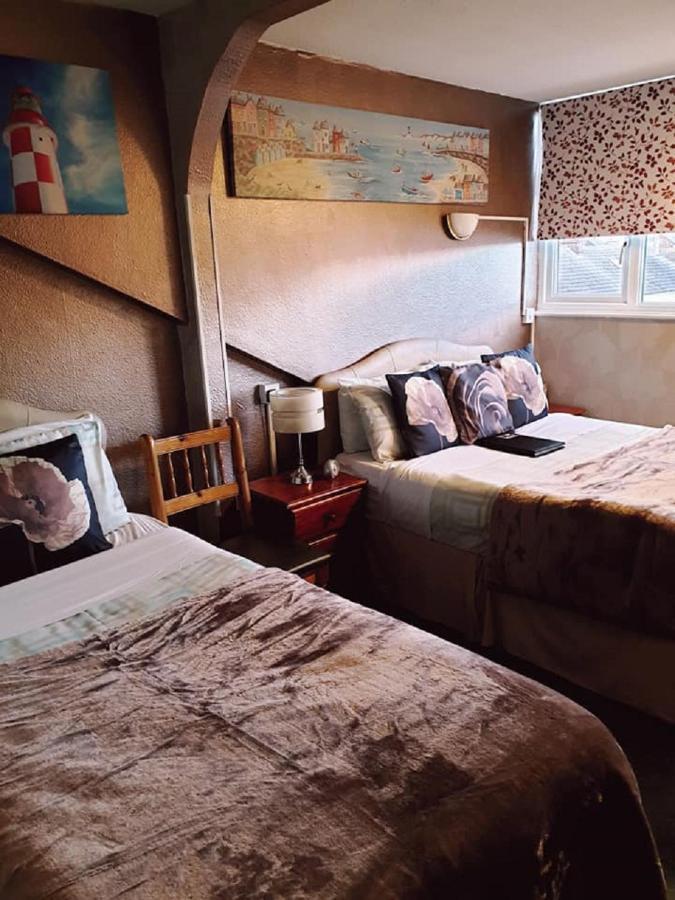 Kilbrannan Guest House - Laterooms
