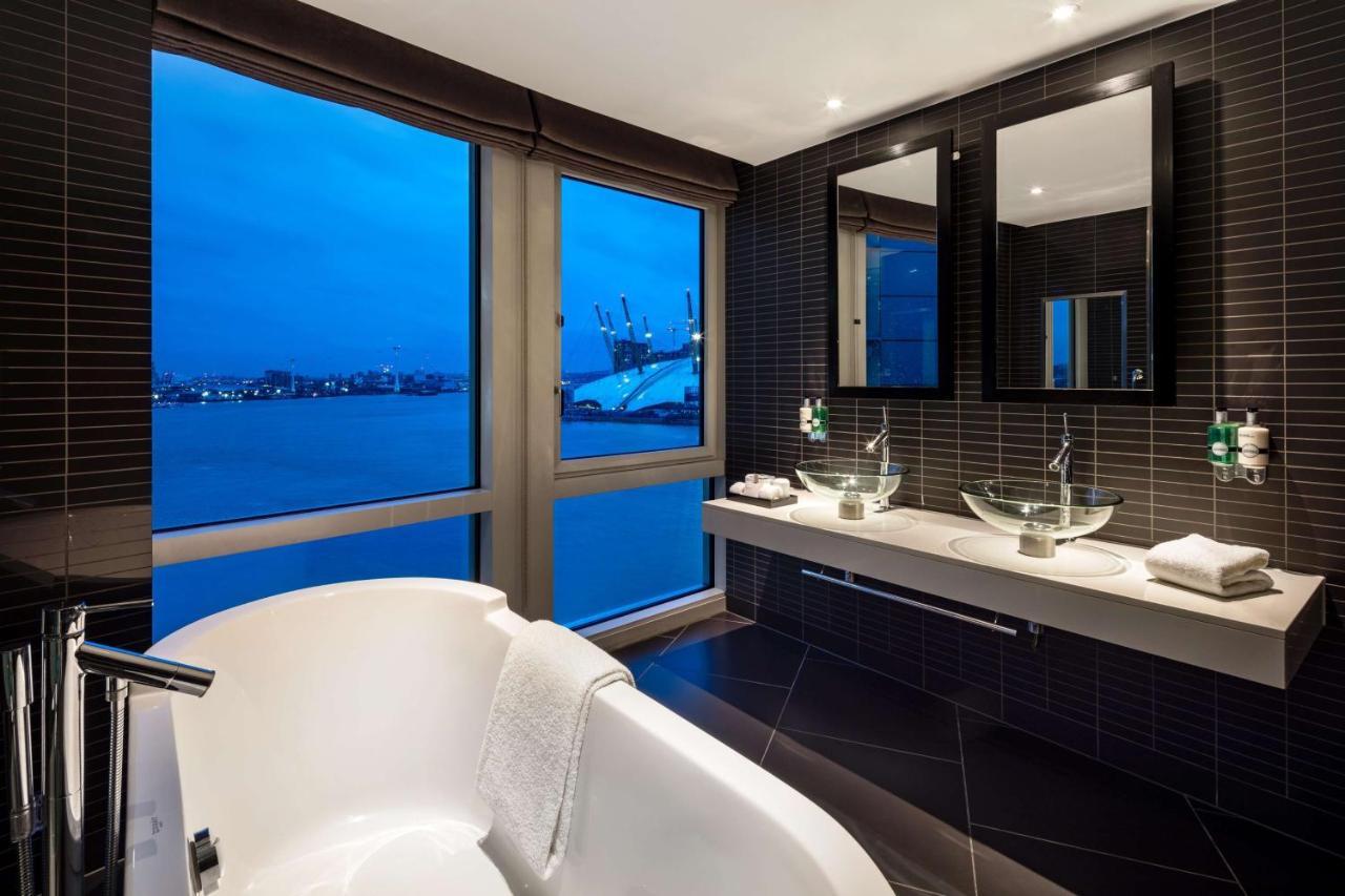Radisson Blu Edwardian, New Providence Wharf - Laterooms