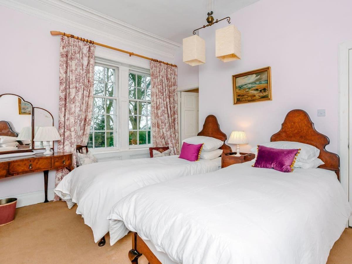 Rosemount House - Laterooms