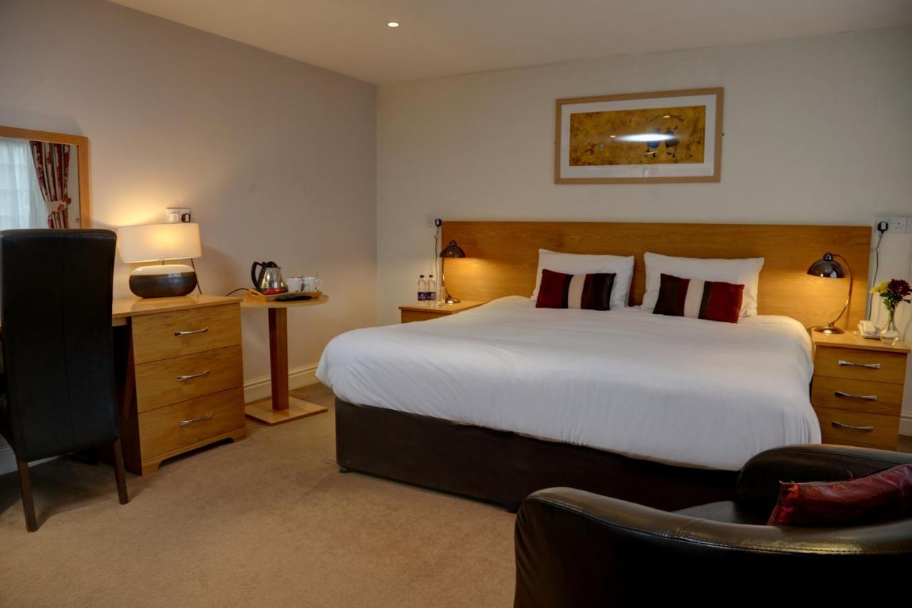 Pettifers Freehouse Hotel - Laterooms