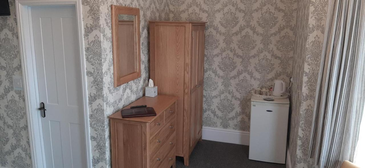 Brooke House - Laterooms