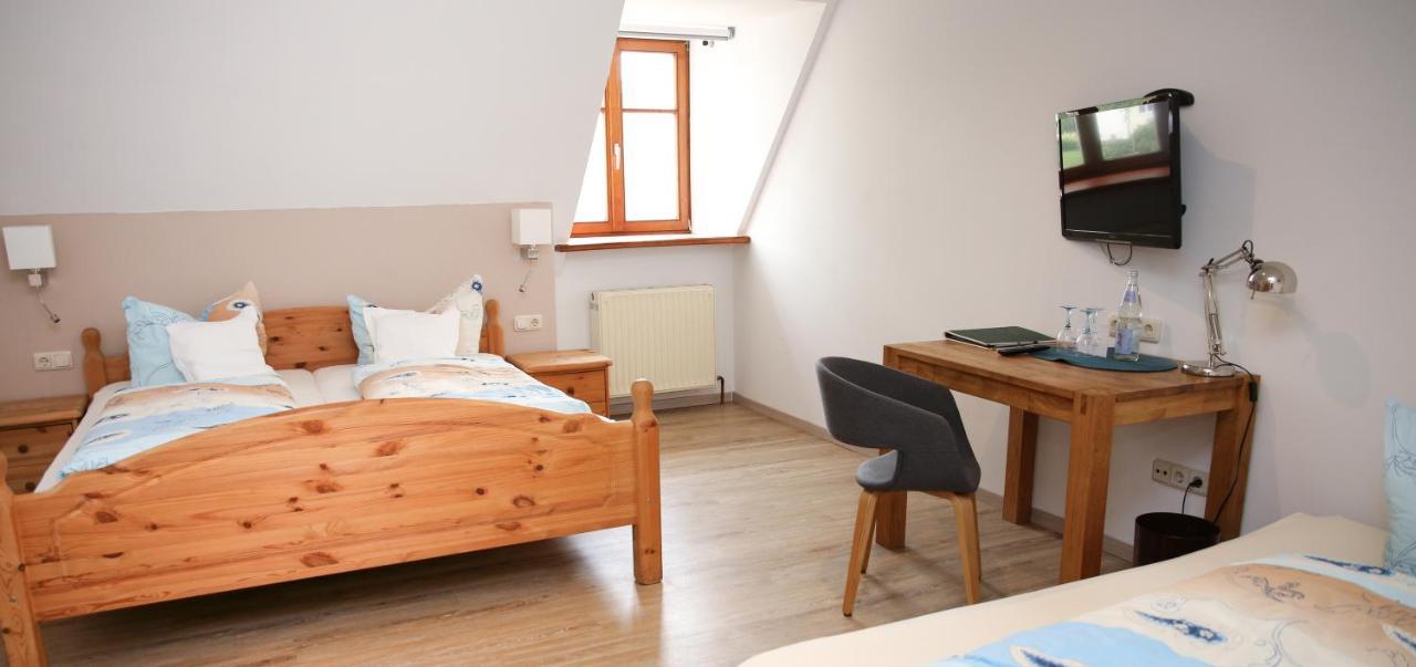 önálló lakás freudenberg