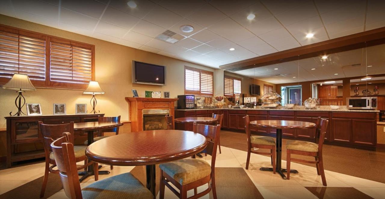 BEST WESTERN Burlington Inn - Laterooms