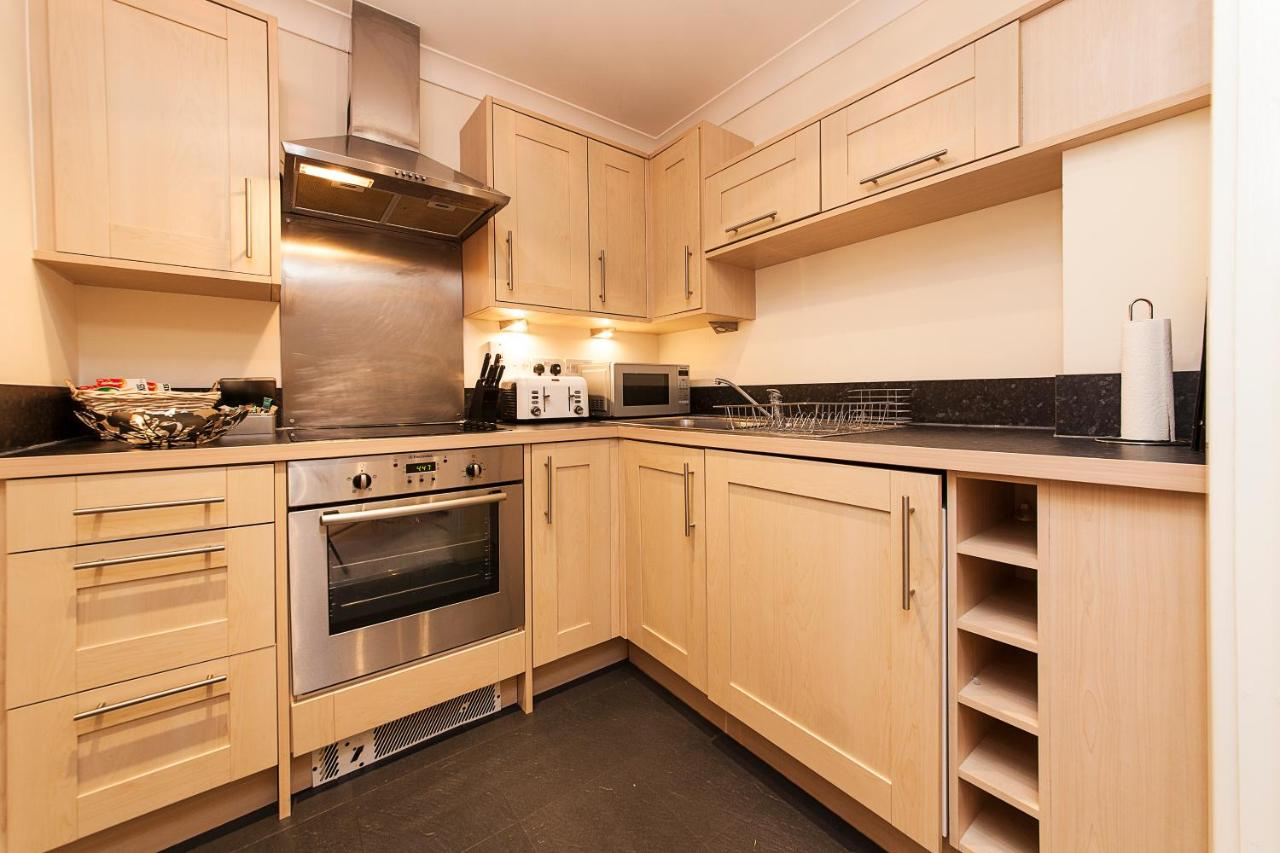 CB1 Apartments - Laterooms