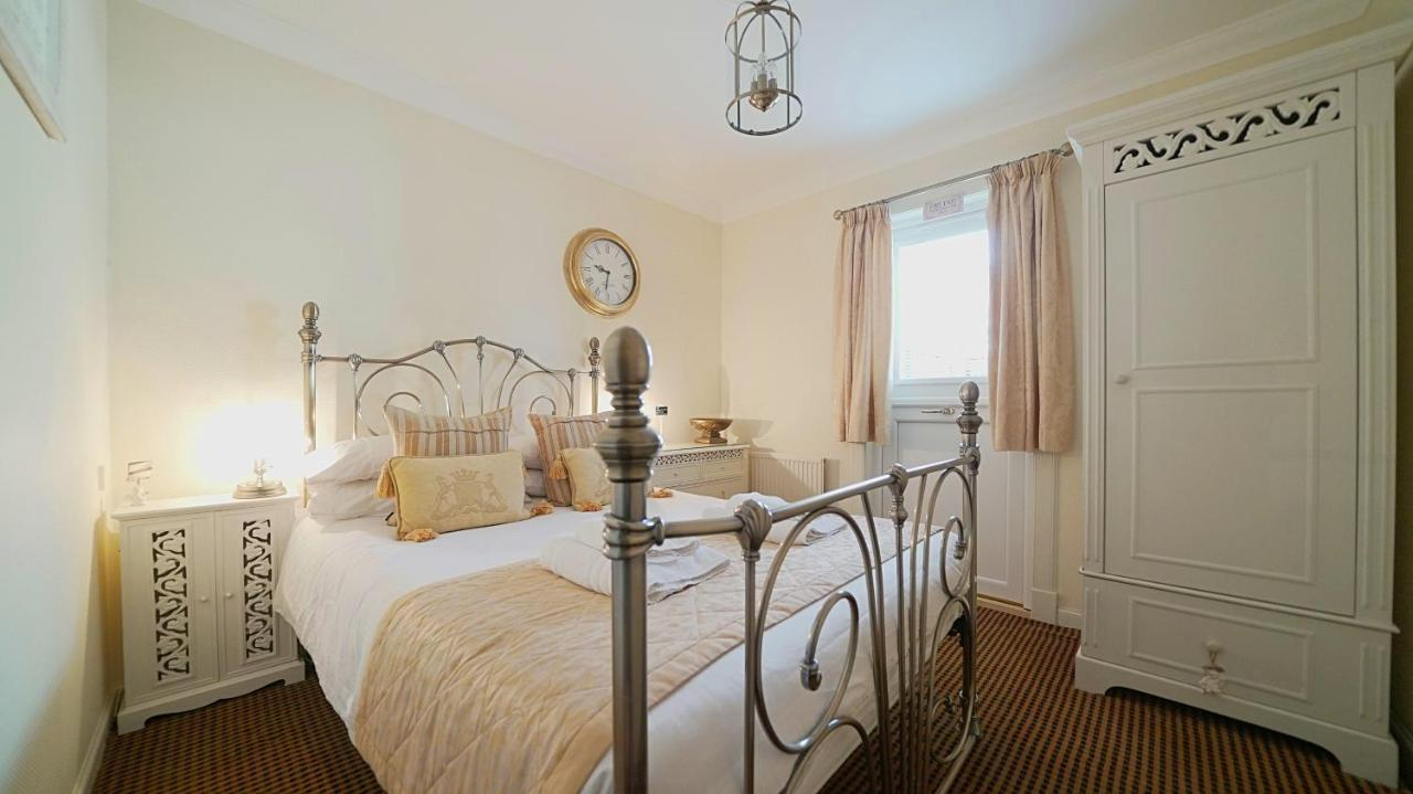 The Old Tramhouse Bed and Breakfast - Laterooms