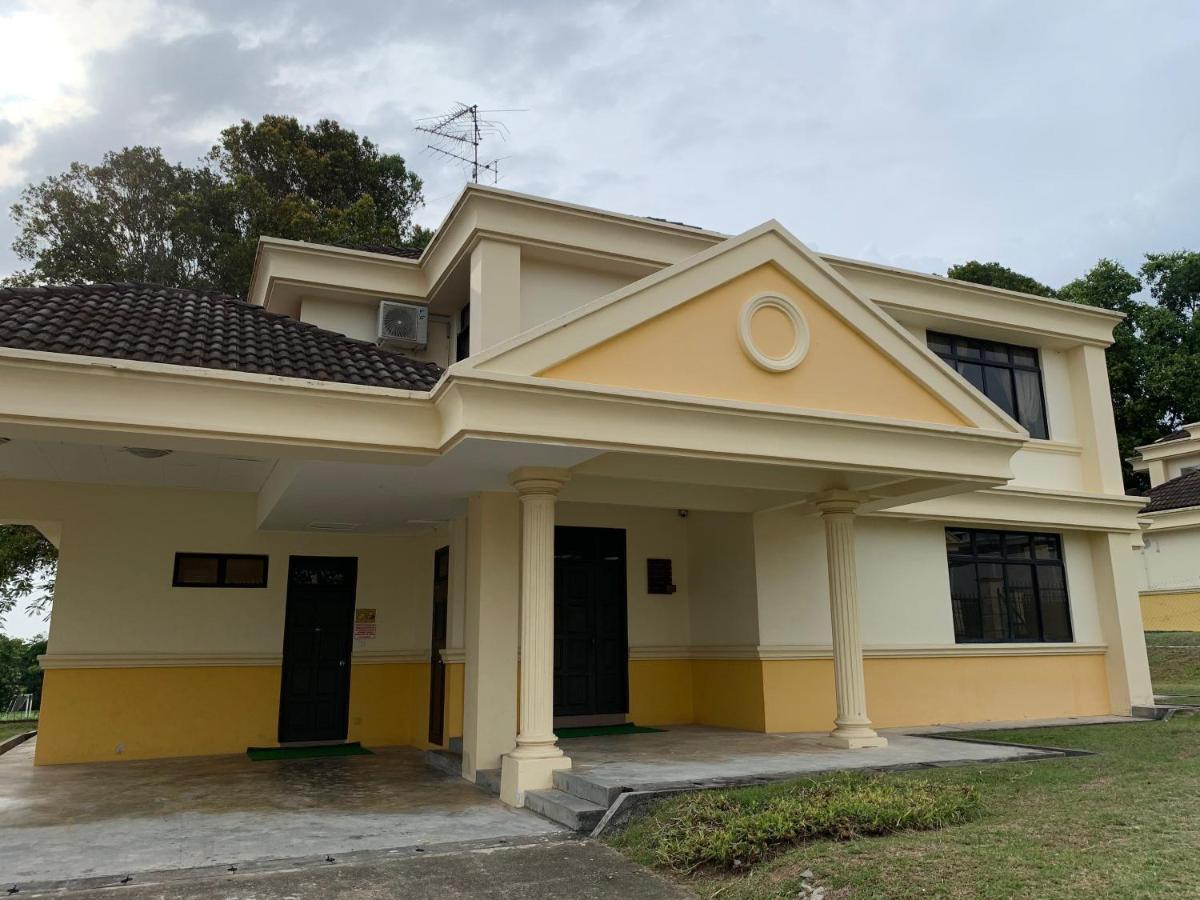 Tanjong Puteri Golf Resort Berhad, Johor Bahru – Updated 20 Prices
