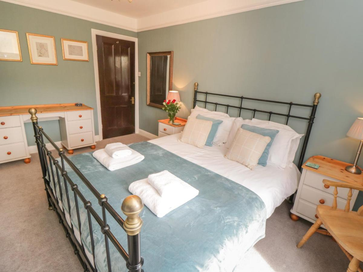 Arden House - Laterooms