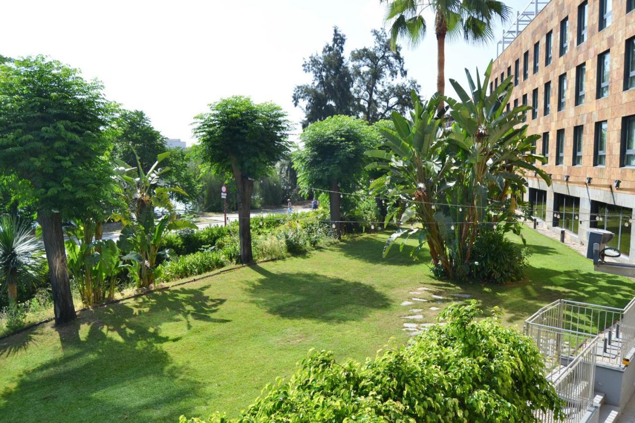 Ribera de Triana Hotel - Laterooms