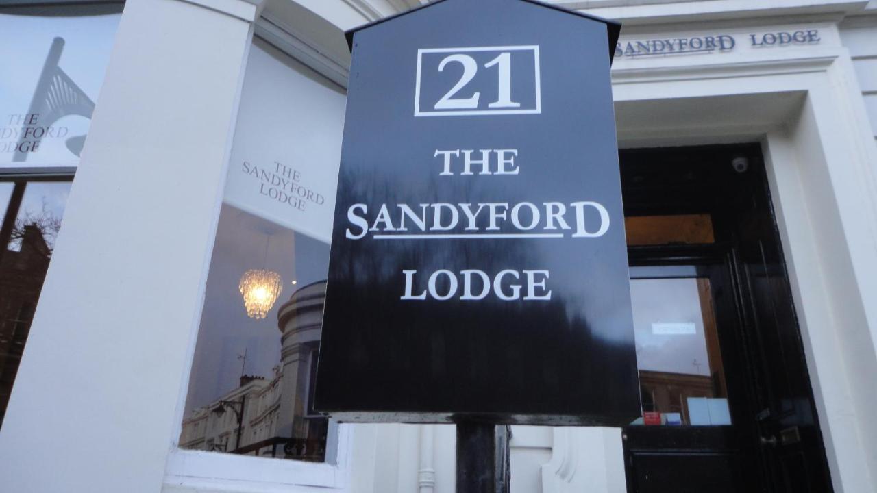 sandyford lodge - Laterooms