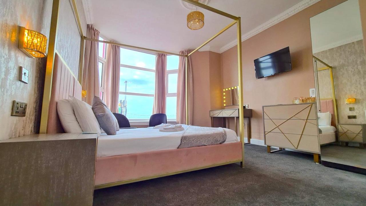 Tiffany's Hotel - Laterooms