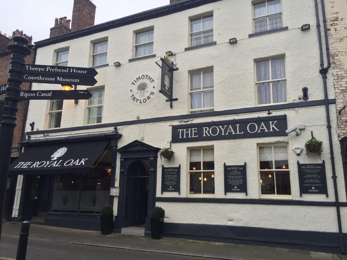 The Royal Oak Ripon - Laterooms