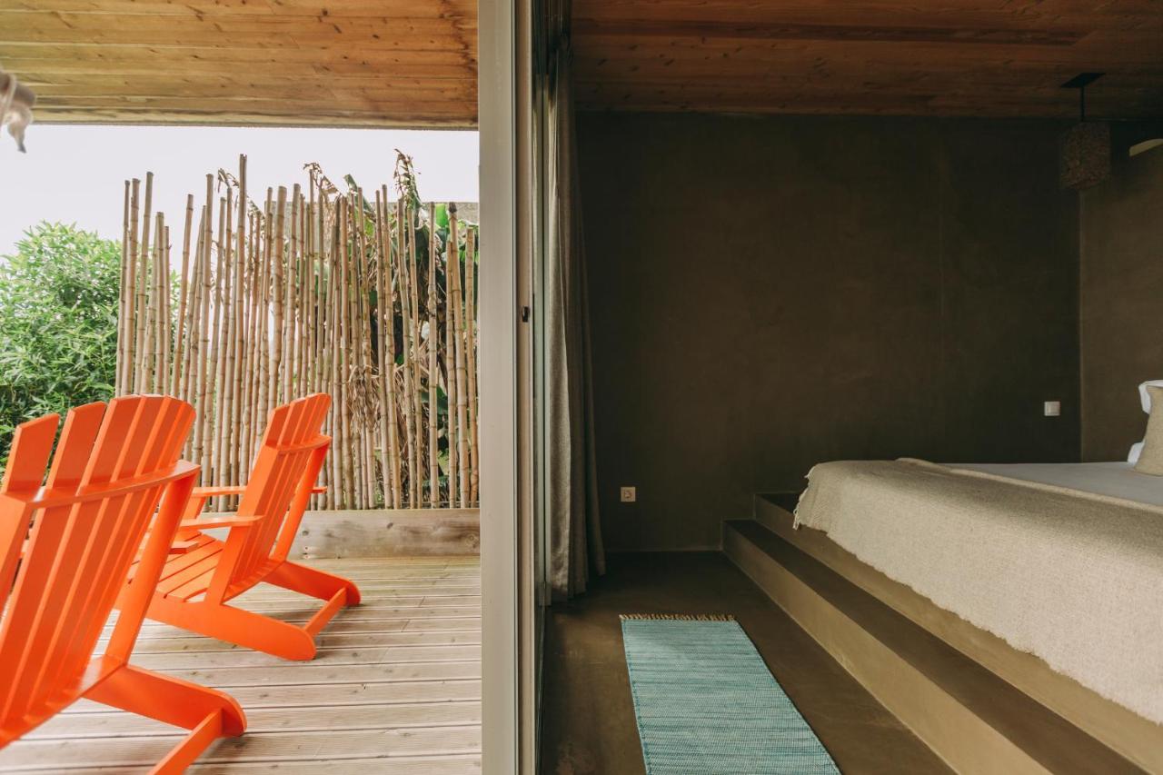 Santa Barbara Eco-Beach Resort - Laterooms