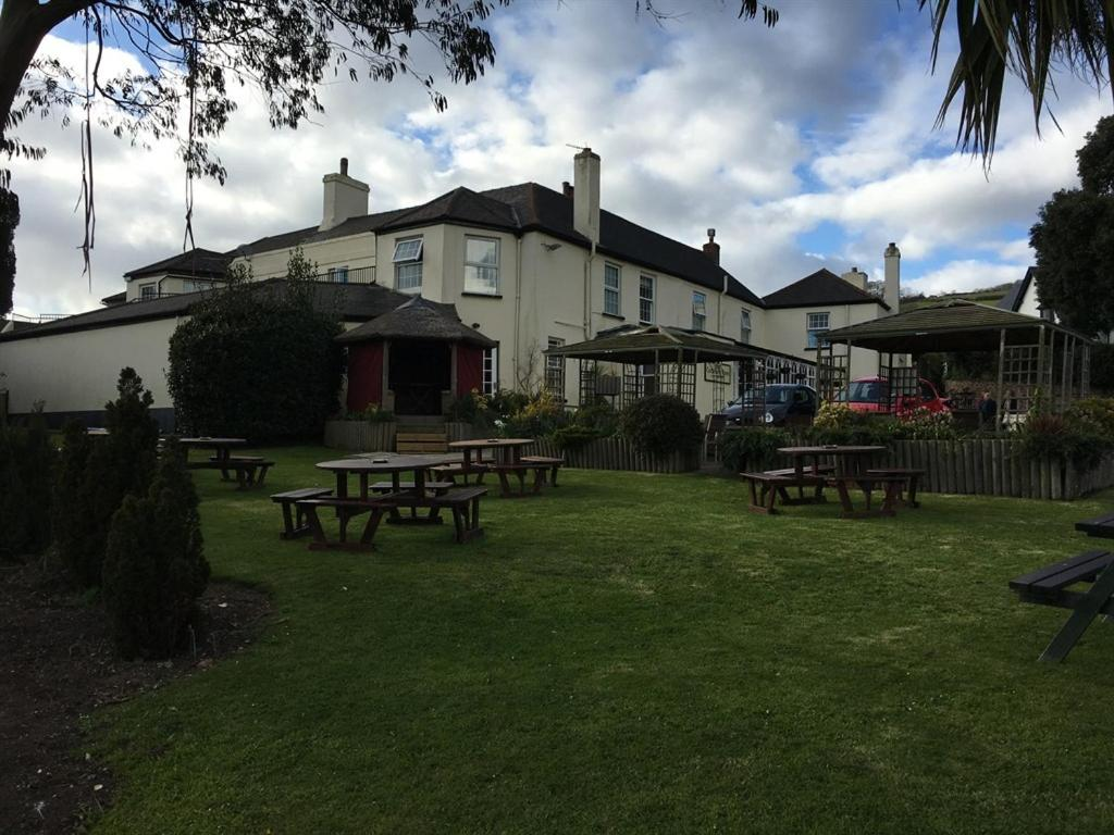 Cockhaven Arms - Laterooms