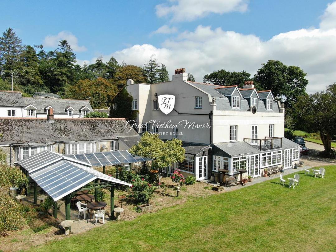 Great Trethew Manor - Laterooms