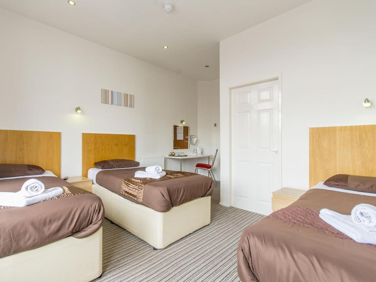 The Cotswold - Laterooms
