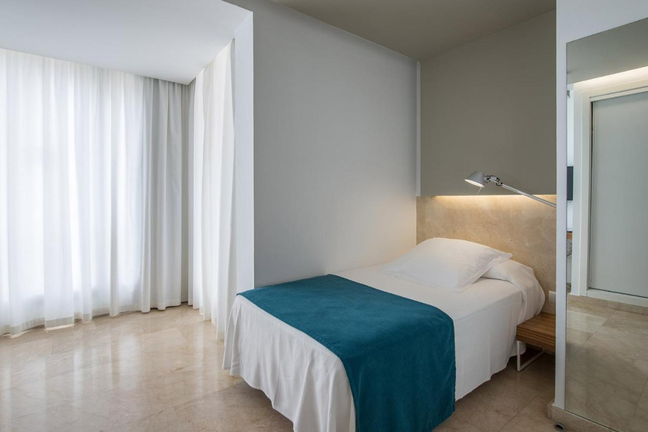 Hotel Belroy - Laterooms