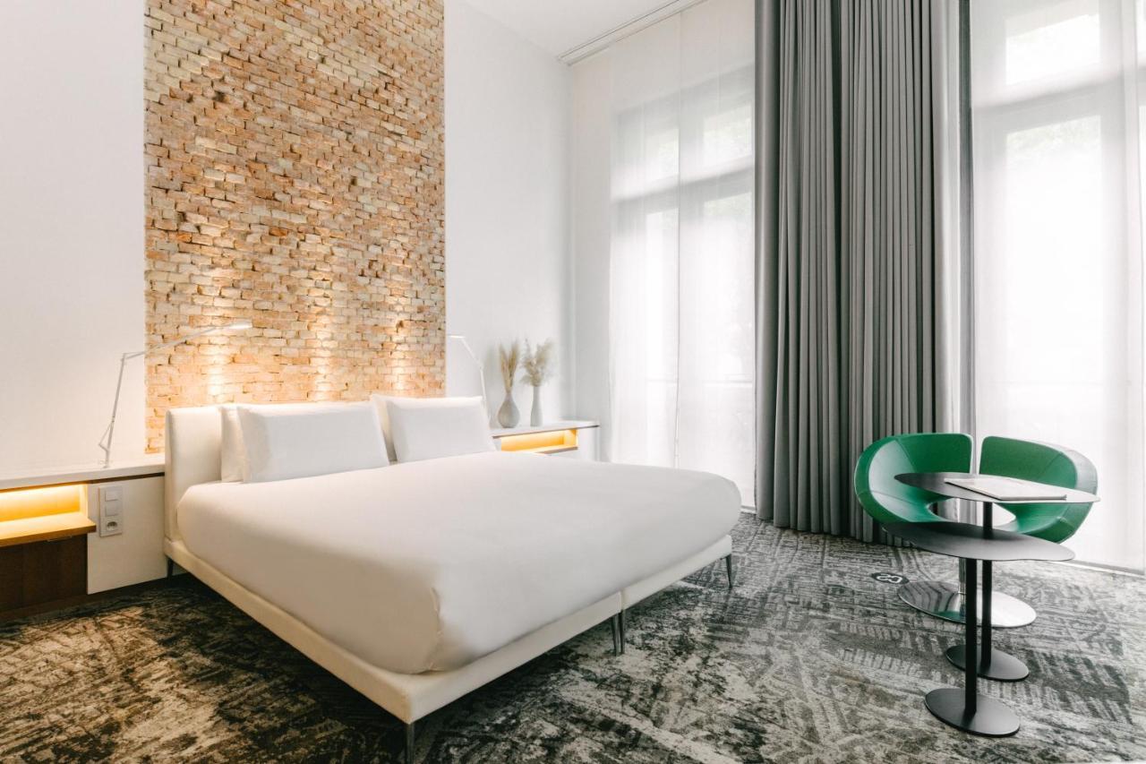 C2 hôtel - Laterooms