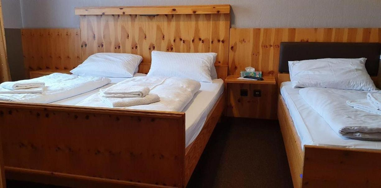 Hotel zum Deutschen Eck - Laterooms