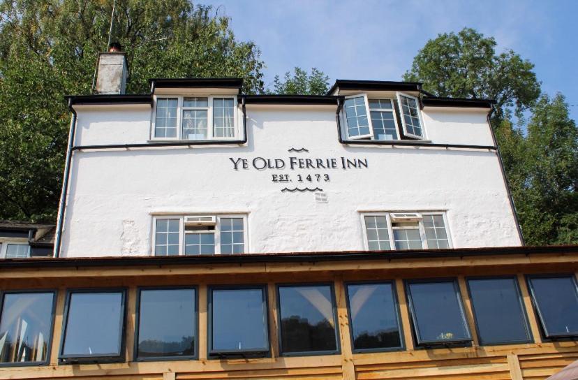 Ye Old Ferrie Inn - Laterooms