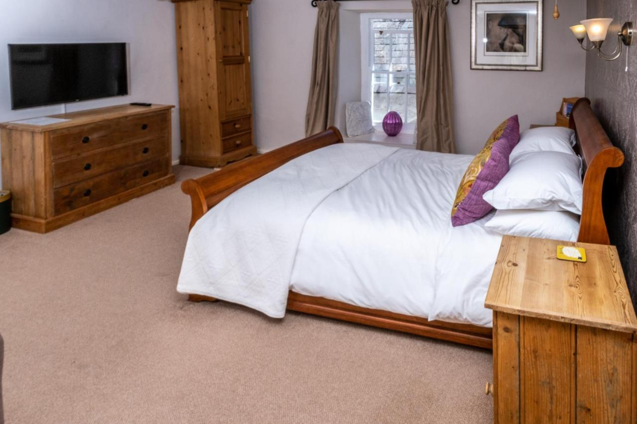 Ty Mawr Country Hotel - Laterooms