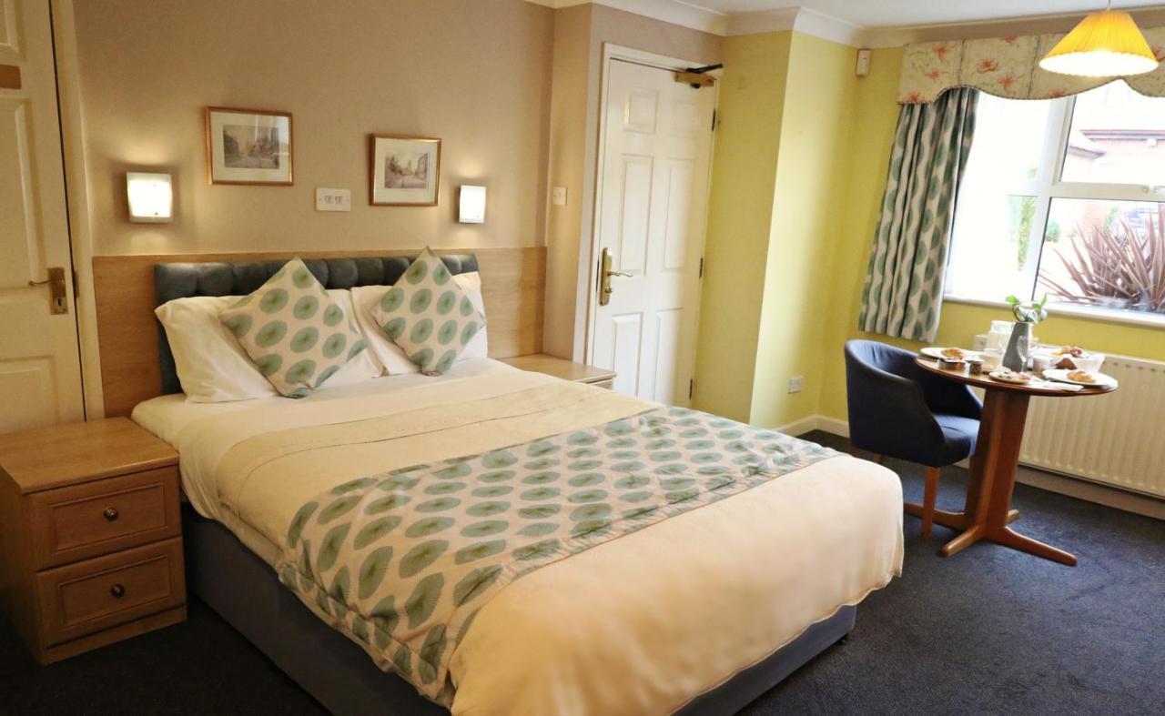 Marlborough House Hotel - Laterooms