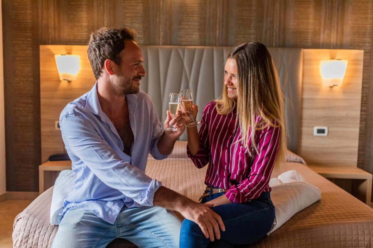 Hotel Prestige - Laterooms