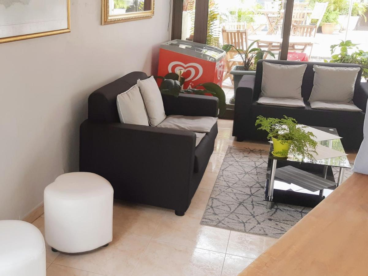 Residencial do Vale - Laterooms
