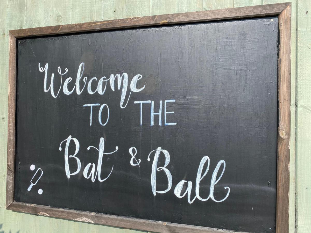 The Bat  & Ball - Laterooms