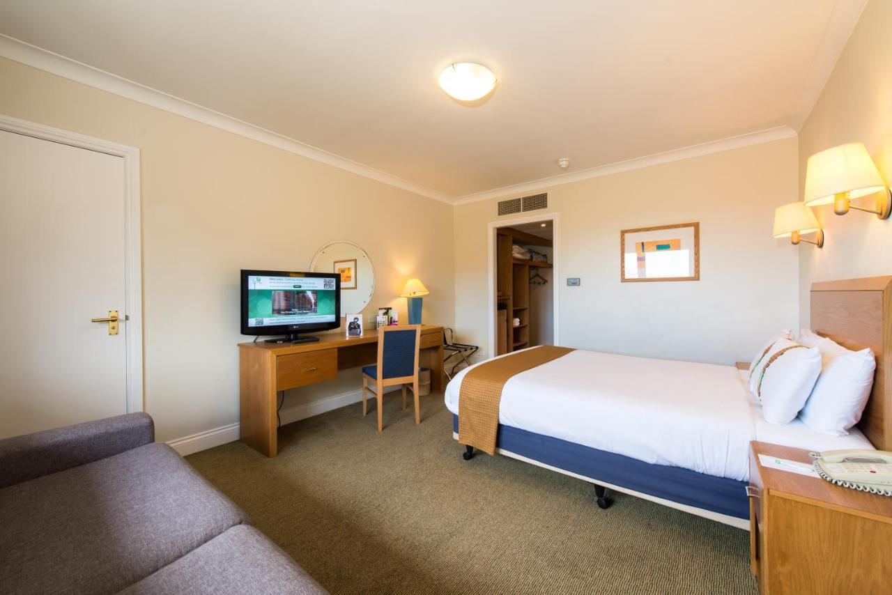 Holiday Inn EDINBURGH - Laterooms