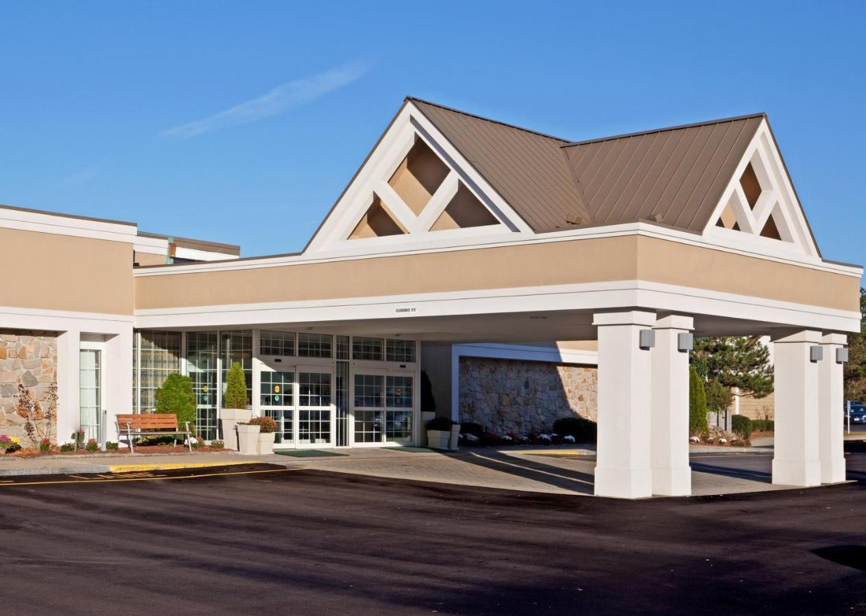 Holiday Inn Mansfield-Foxboro Area - Laterooms