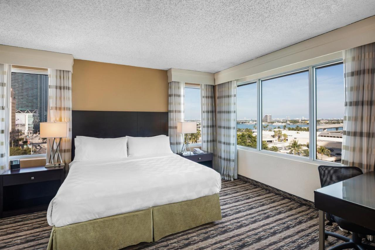 Holiday Inn PORT OF MIAMI-DOWNTOWN - Laterooms