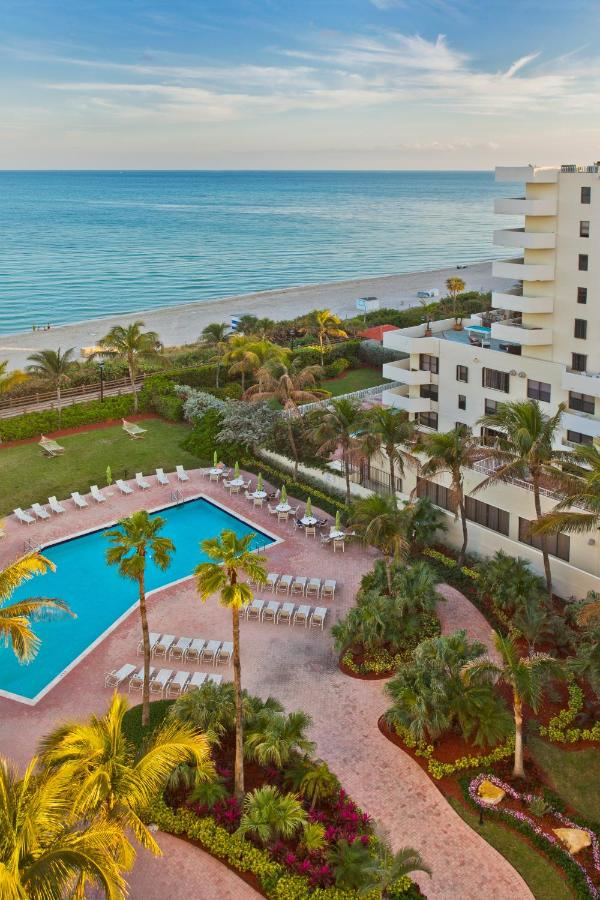 Holiday Inn Miami Beach-Oceanfront - Laterooms