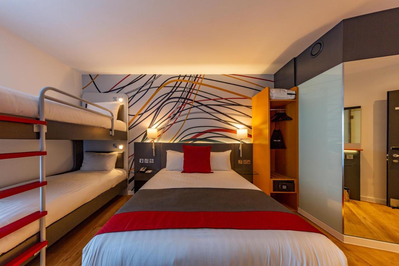 Sleeperz Hotel Cardiff City Centre - Laterooms