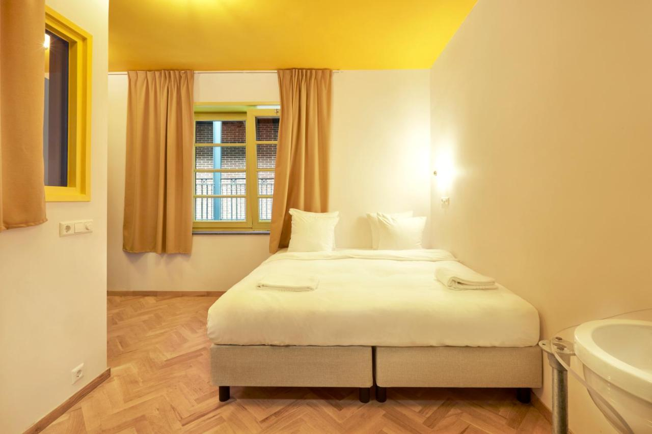 Hotel Not Hotel - Laterooms