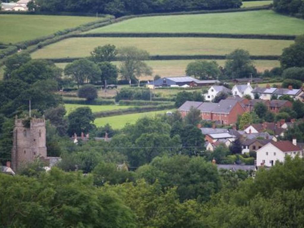 Bowhayes Farm - Laterooms