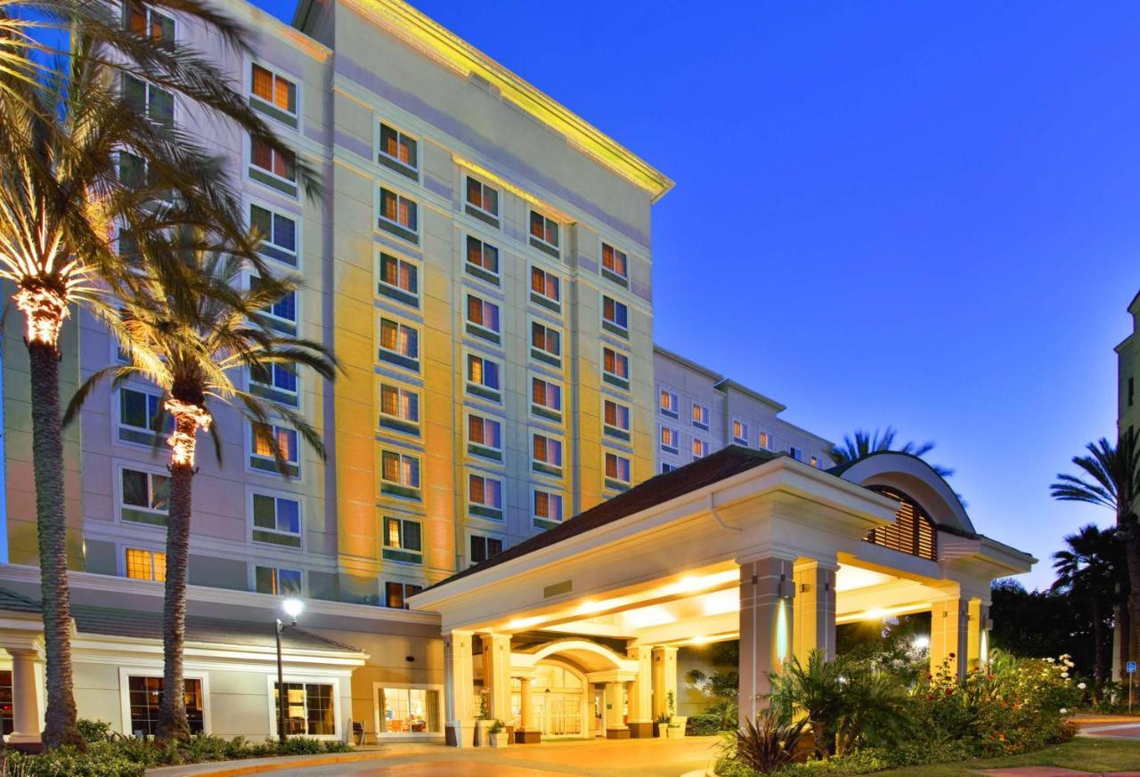 Holiday Inn ANAHEIM-RESORT AREA - Laterooms