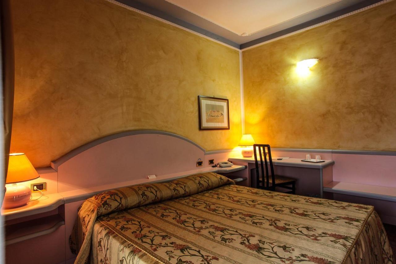 Hotel Grazia Deledda - Laterooms