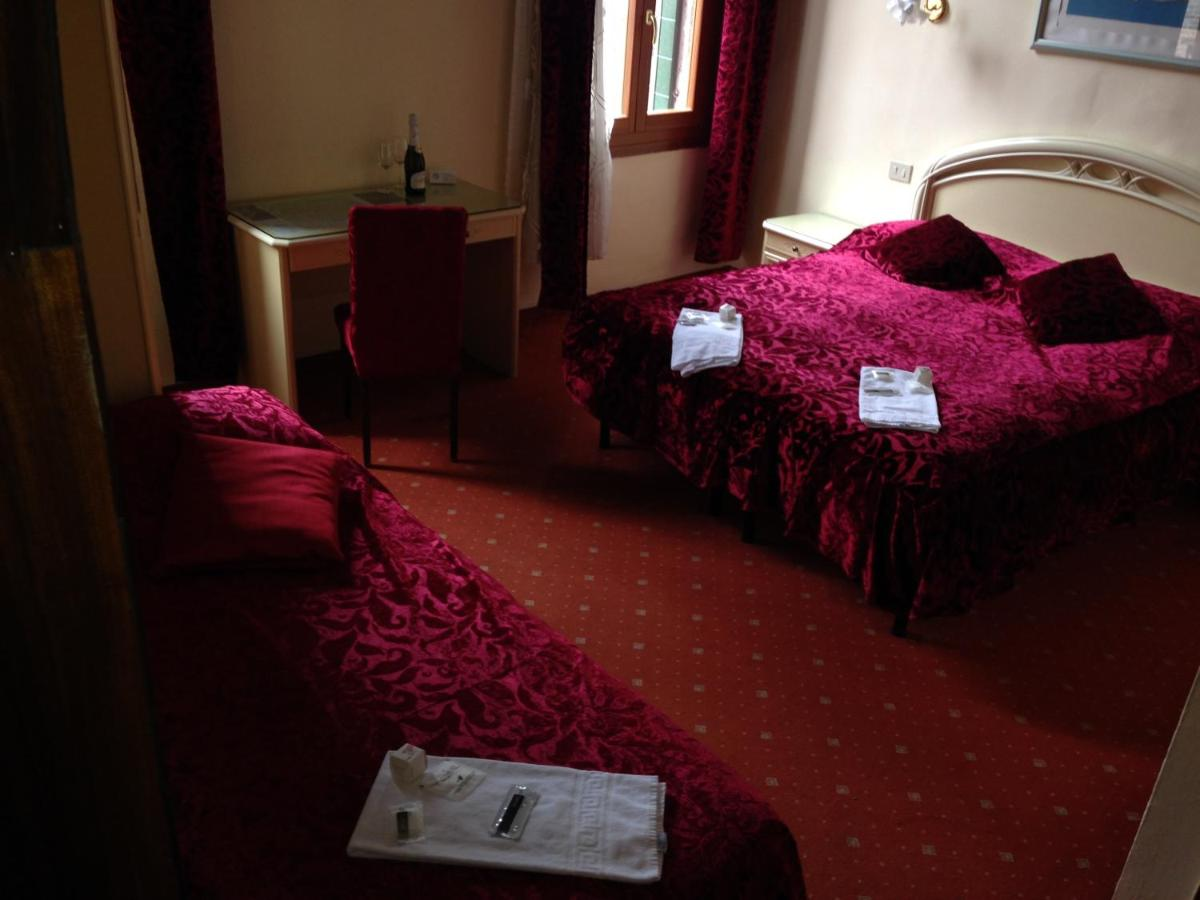 Hotel Casa Linger - Laterooms