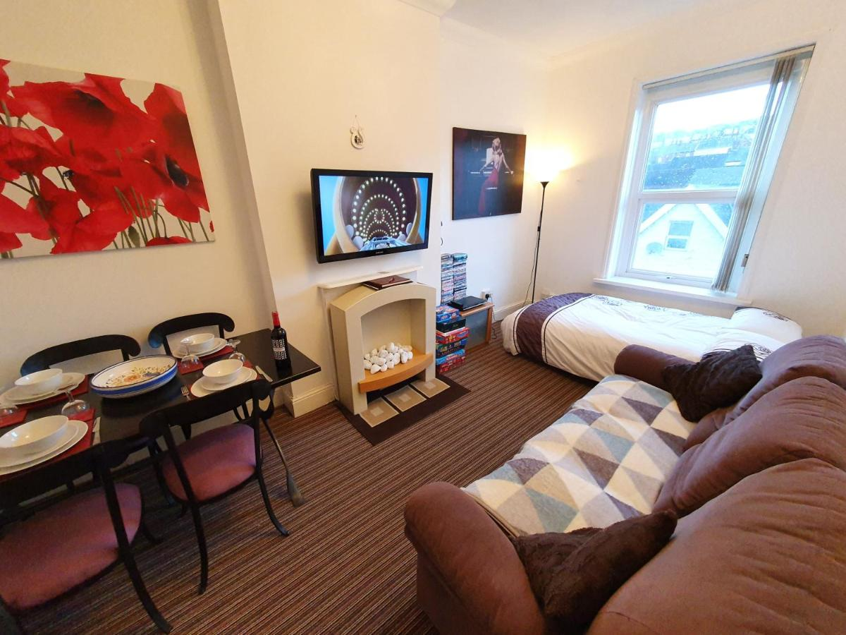 Apartments Wales - Laterooms